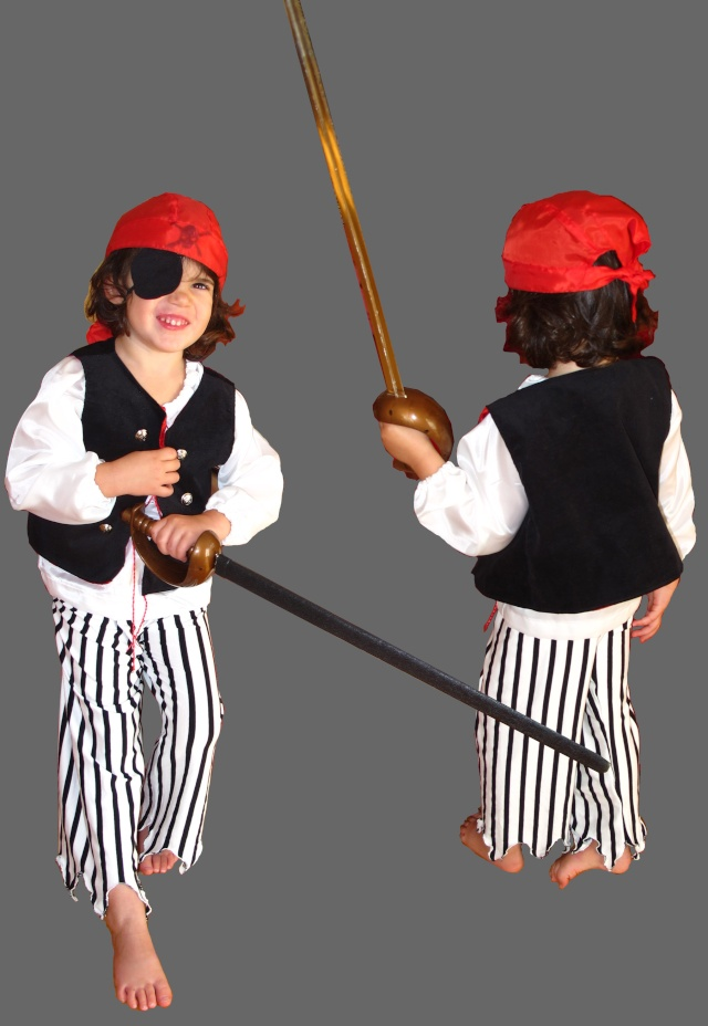 Deguisement pirate blouse 4 ans tuto couture ma for Couture a 4 ans