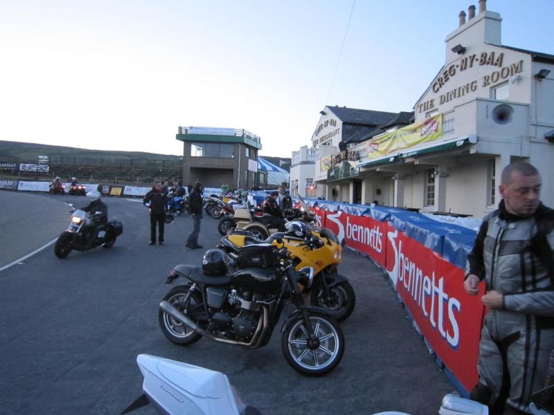 forum moto m canique moto sujet forum moto l 39 ile de man 2010. Black Bedroom Furniture Sets. Home Design Ideas