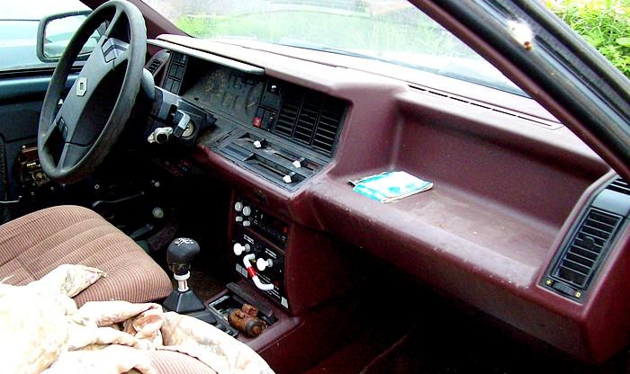 http://i61.servimg.com/u/f61/12/71/72/05/2010_201.jpg