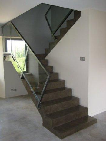 Etape habillage escalier for Escalier ouvert salon