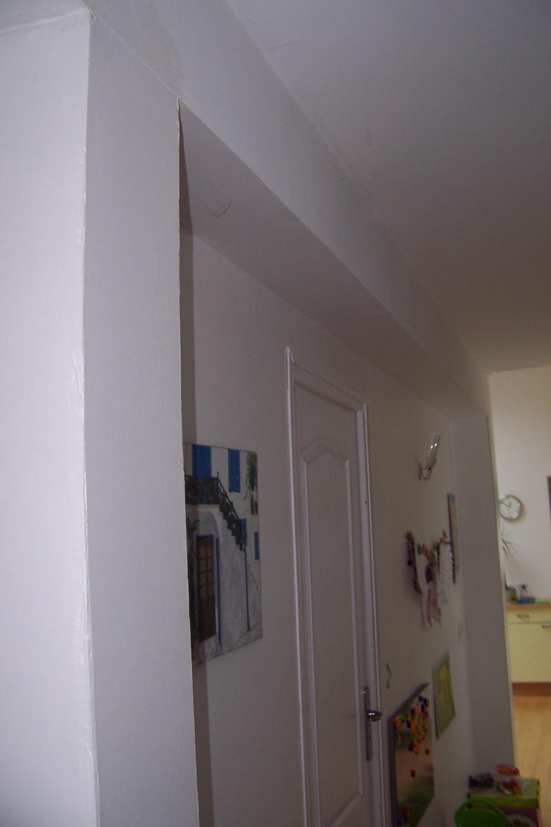100 emejing cage escalier photos yourmentor best coiffeur salon modern - Peinture couloir etroit ...