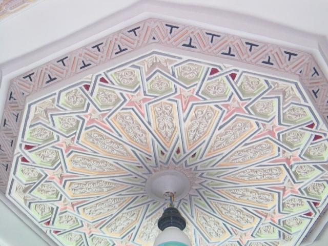 الفن المغربى وروعة النحت على الجبس 117_1711.jpg