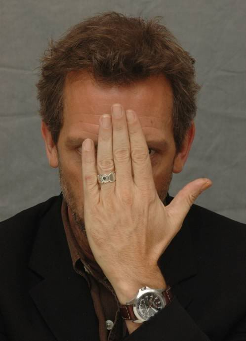 hugh laurie no wedding ring